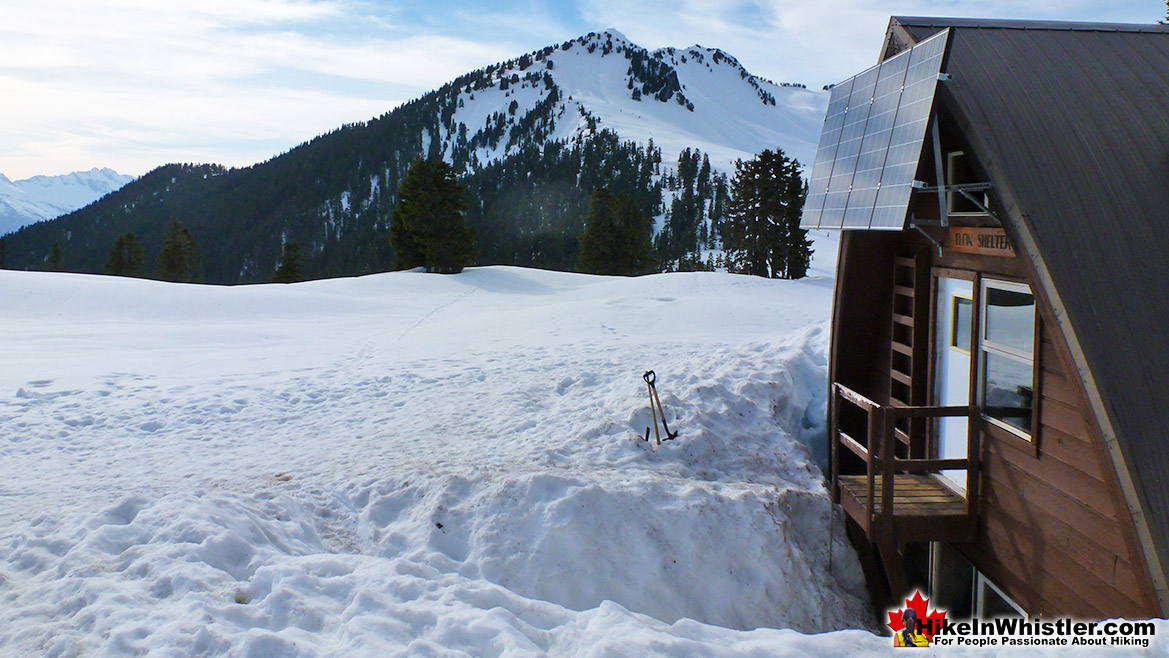 The Elfin Lakes Hut
