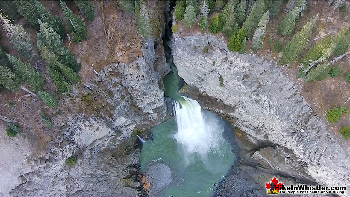 Keyhole Falls is 124 Kilometres from Brandywine Falls