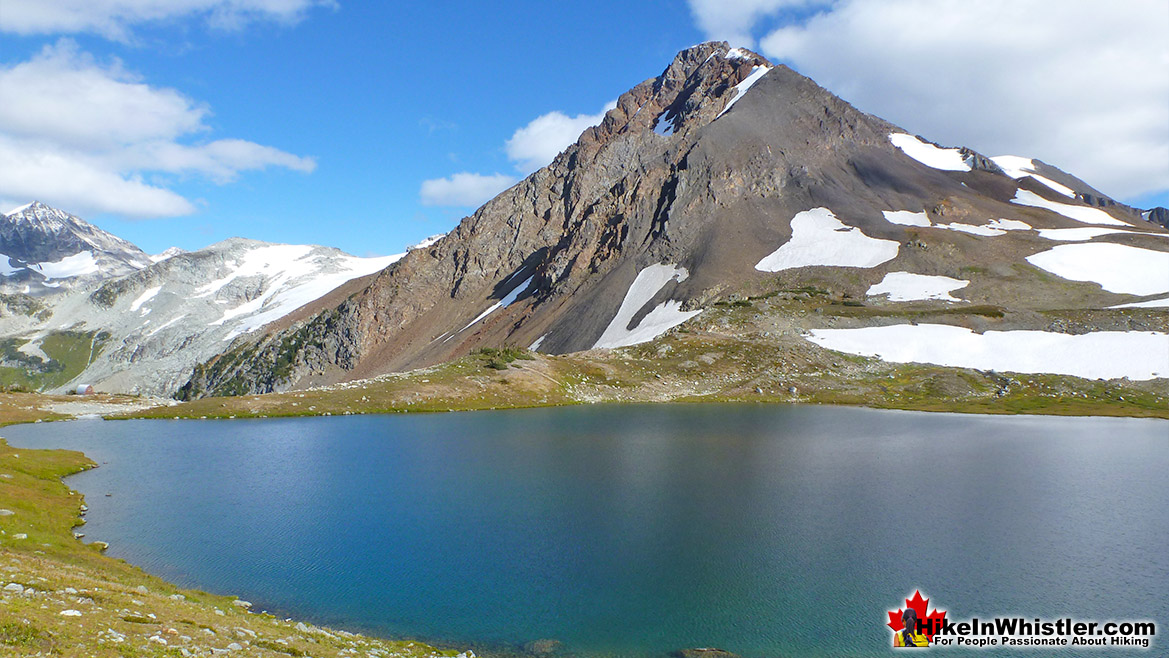 Russet Lake, The Fissile and the Hut