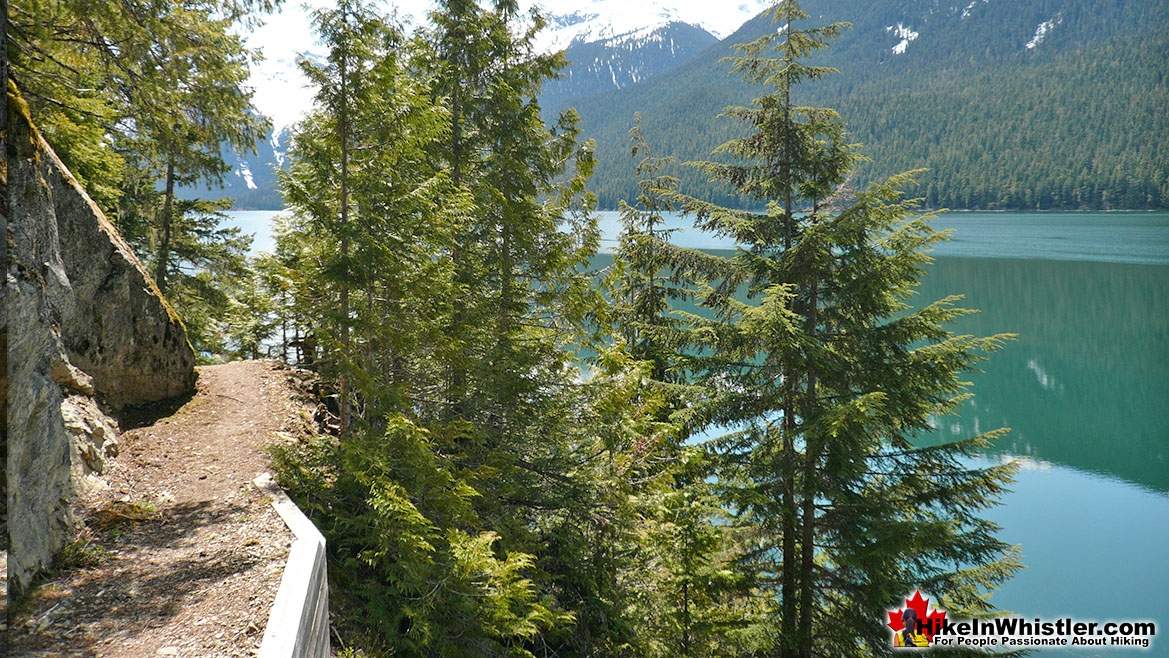 Cheakamus Lake Hike in Whistler in October