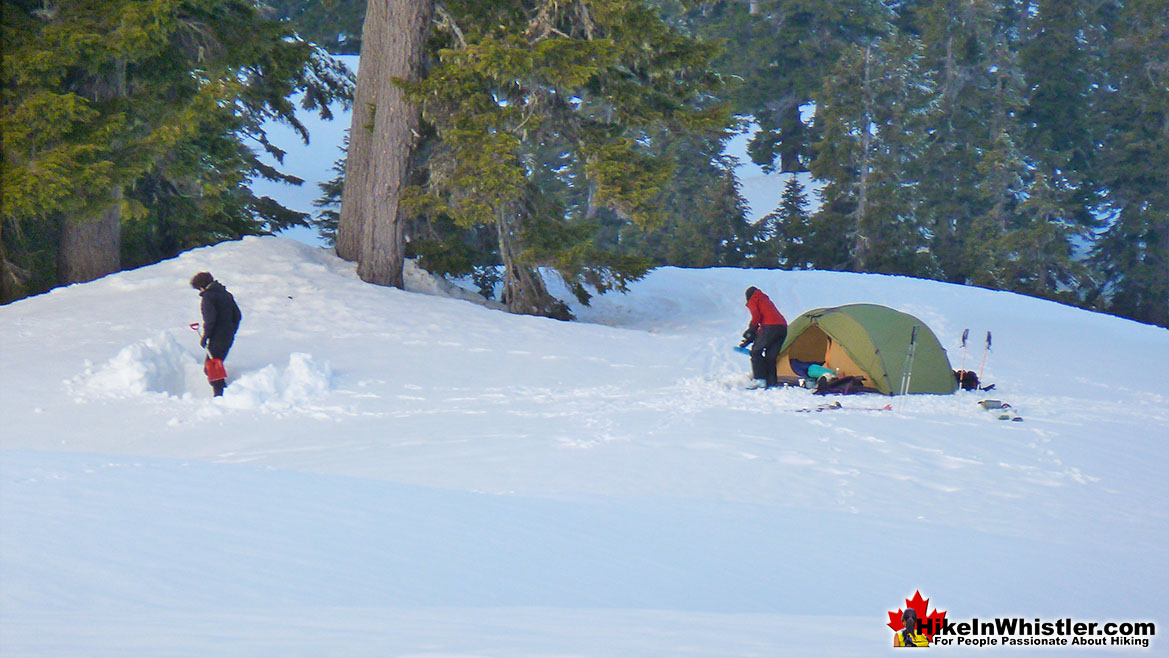 Bivouacking at Elfin Lakes